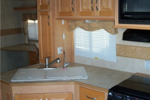 2008 Gulf Stream Coach Canyon Trail Sedona 34FBRW102_5170_600x800
